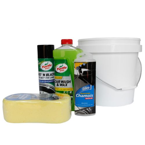 This great car wash set includes 10L bucket, jumbo sponge, tyre shine, car wash & chamois. Makes the perfect fathers day gift!